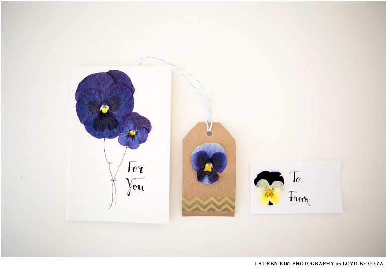 Pressed flower and calligraphy stationary