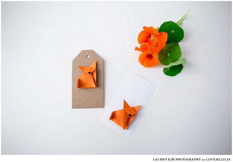 Origami paper fox gift tag