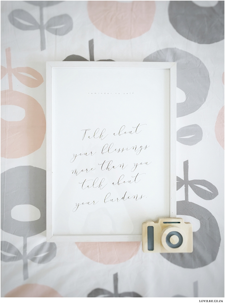 framed Inspirational poster by Elsje Designs with wooden camera from La Fede