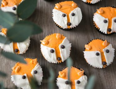 Make your own fox cupcakes