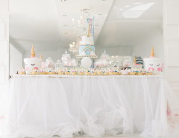 Unicorn bachelorette party - Candy table