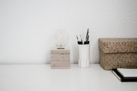 Monoshop Plywood cube lamp - Minimalist giveaway