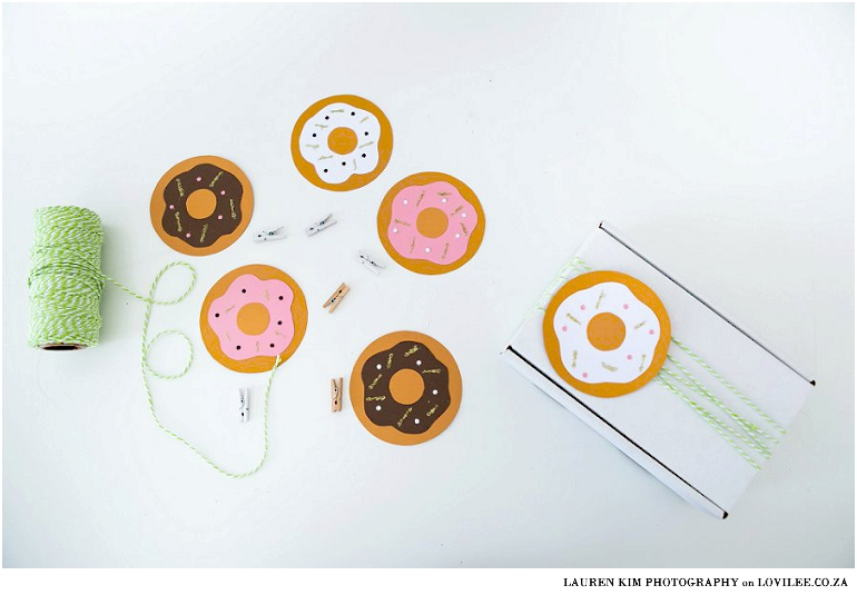 How to make paper donuts