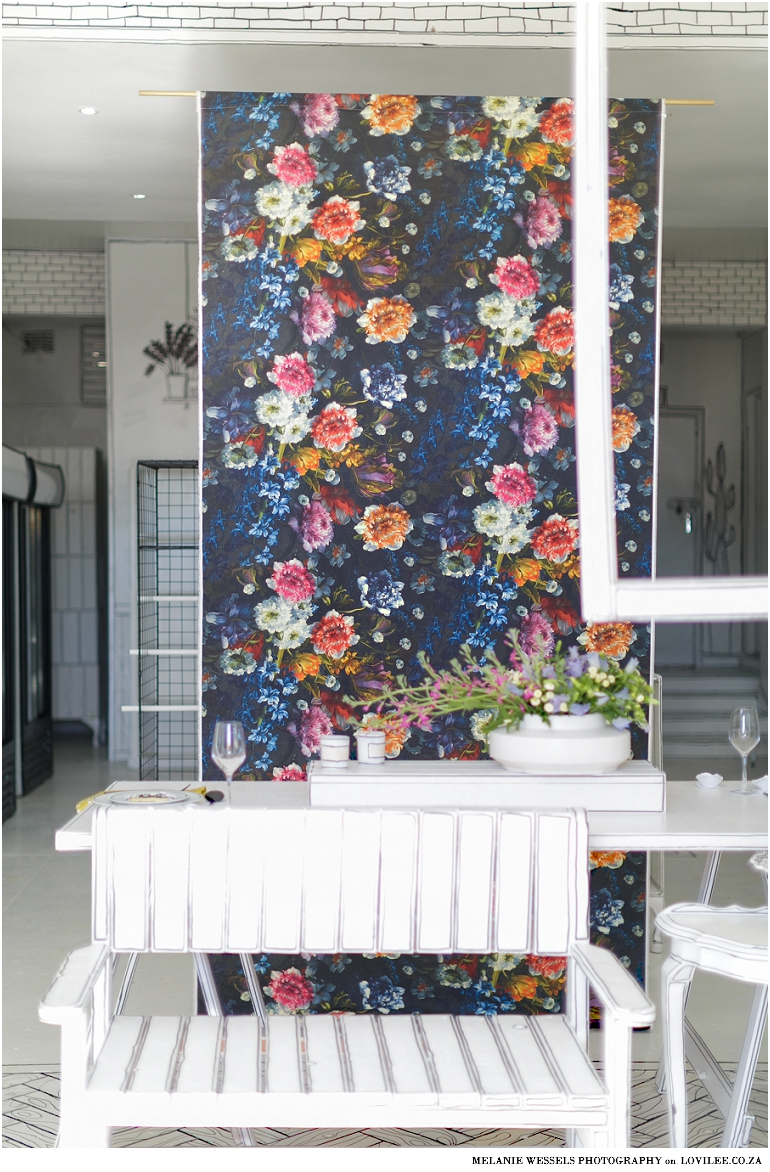 How to make a fabric wall hanging as wall art or photo backdrop with farbircs from T & Co Fabrics.