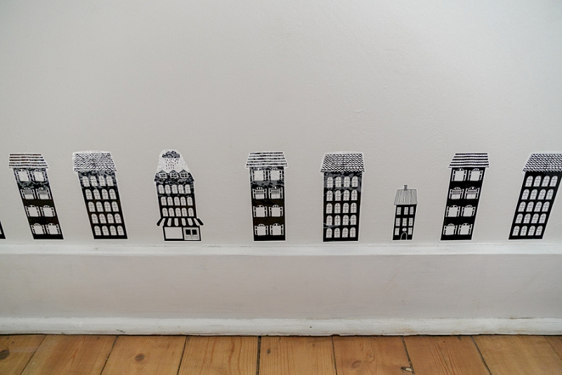 Mini Houses from H &M Home in a monochrome kids room