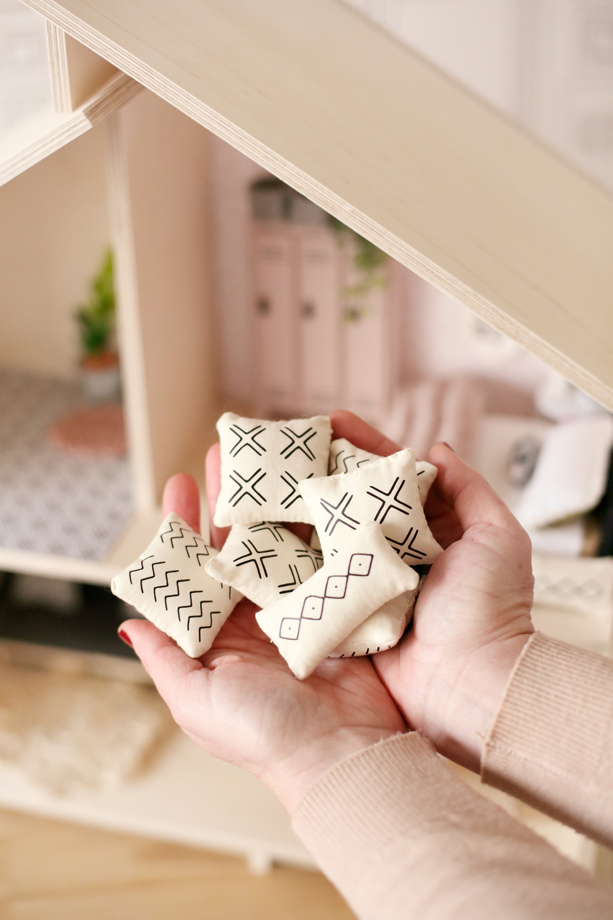 The Tiny Dollhouse South Africa - Miniature mud cloth scatter cushions