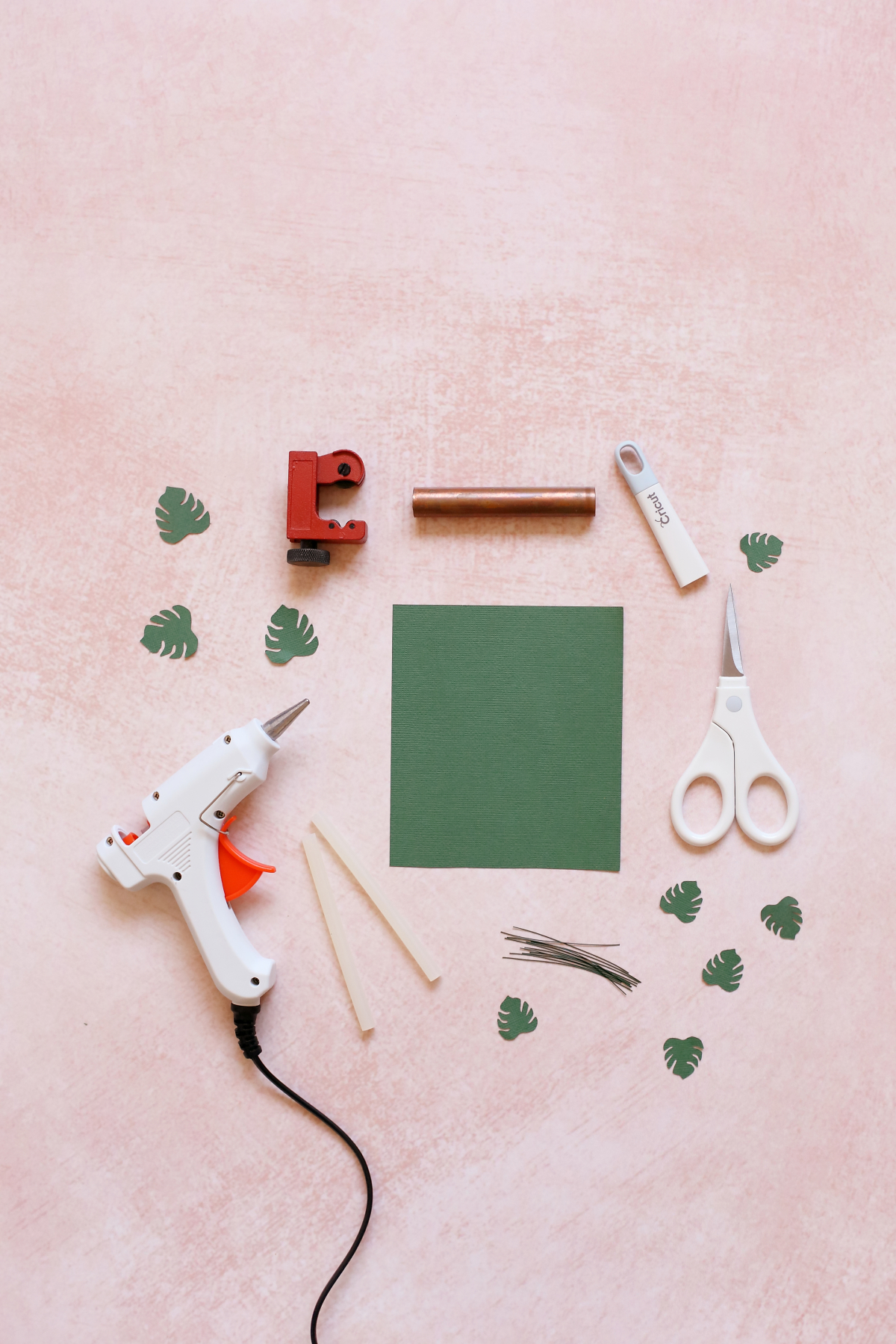 What you need to make a dollhouse monstera plant